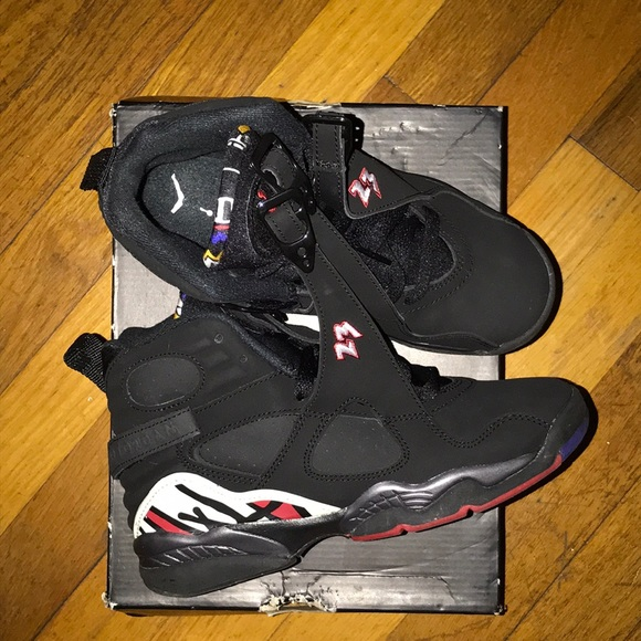 finest selection 7d250 6cf76 Air Jordan Retro 8 Kids size 4 black and red