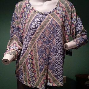 3/4 sleeve multi color top