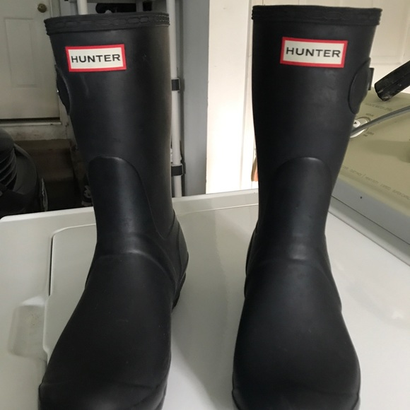 Hunter Boots Shoes - Women s short black hunter rain boots size 7 1f84737f72