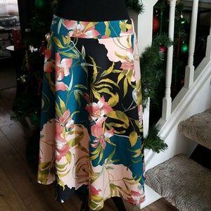 NY&C tea length skirt