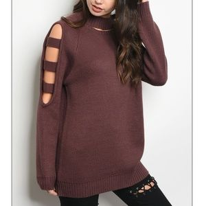 Sweaters - Oversized Caged Sleeve Sweater