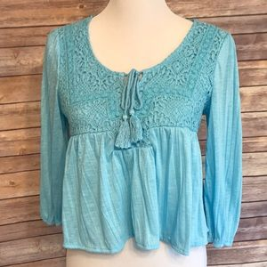 American Rag cropped turquoise top. Size S