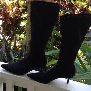 DONALD J PLINER SLIP ON TEXTILE BOOTS