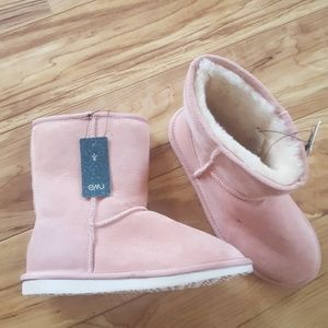 Emu pink winter boots Stinger lo size 7W