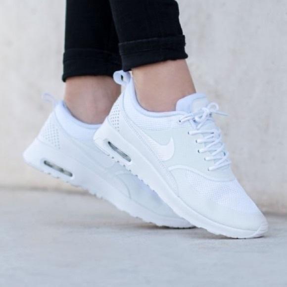 przybywa niezawodna jakość taniej Women's Nike Air Max Thea