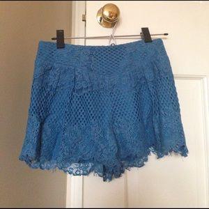 Ella Moss Blue Lace patterned shorts