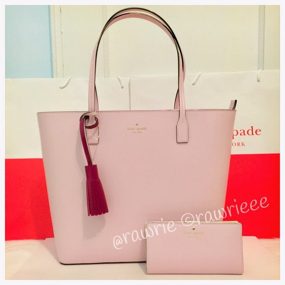a670411deb42 New Kate Spade leather tassel tote   wallet set