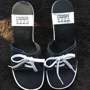 Chinese Laundry Catwalk Sandals