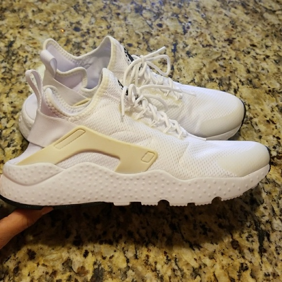 wholesale dealer 4e490 767d4 WOMENS NIK3 AIR HUARACHE RUN ULTRA  819151-102. M 5a230c6beaf0304d920435fa