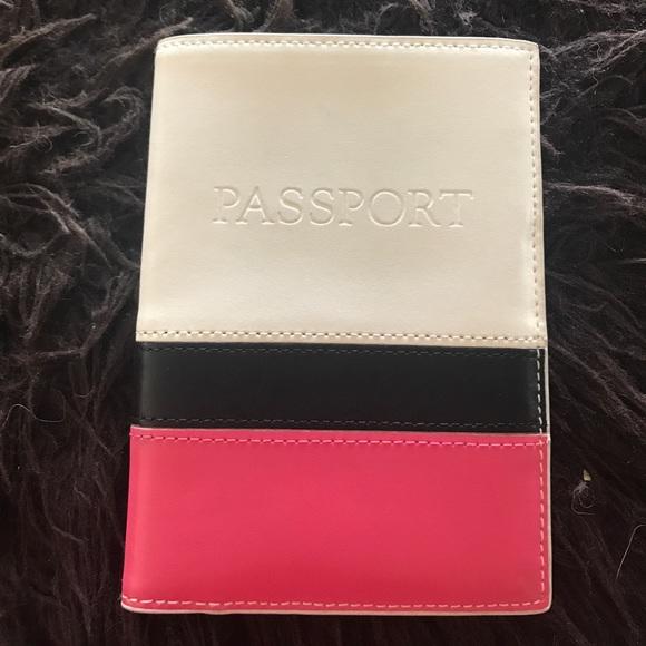 422d8045bc76 Cute passport holder