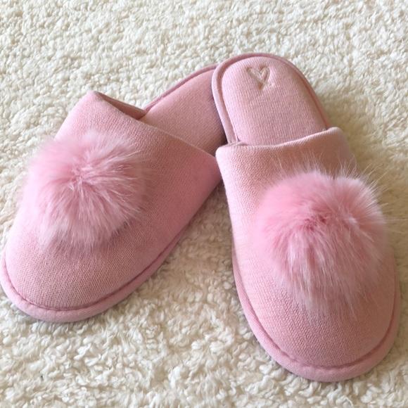 Victoria\'s Secret Shoes | New Victorias Secret Pom Pom Slippers ...
