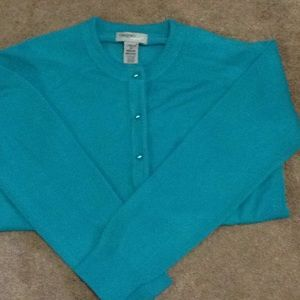 Beautiful turquoise color sweater