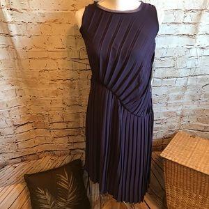 """Simply Vera Purple Dress """"BNWT"""" retail $68"""