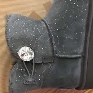 020a6d67f99 UGG Mini Bailey Bling Button Constellation Boots 9 NWT