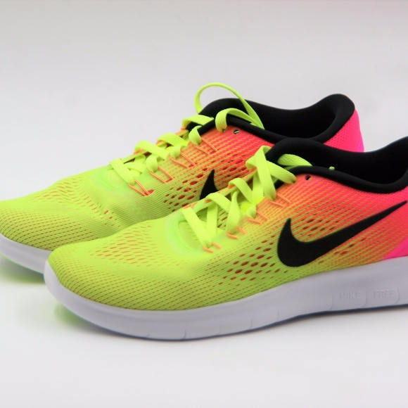 new products 73ef2 c1cb9 Women's Nike Free RN OC Running Shoe Size 6.5 NWT