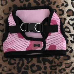 Other - Pink camo doggie harness