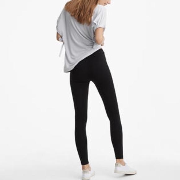 a00d48a17d43f Lou & Grey Pants | Lou Gray Black Essential High Rise Leggings M ...