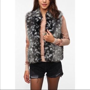 Urban Outfitters Pins and Needles faux fur vest