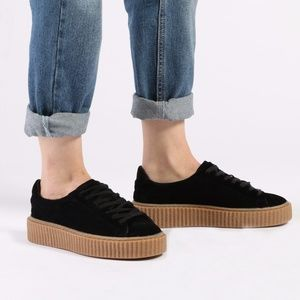 LIKE NEW Black Creepers Platforms Sneakers size 8