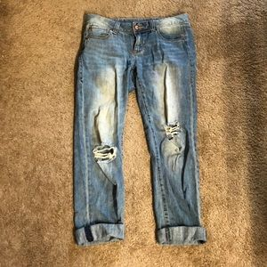 American Rag Cropped Jeans