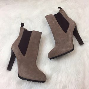 🎁Lauren Ralph Lauren Brown Suede Booties