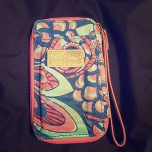 Lilly Pulitzer wristlet (iPhone 6 or 7)