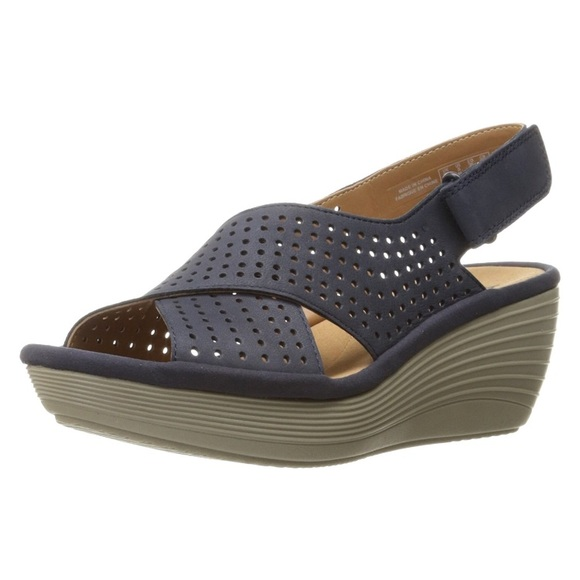 d7ae3708d29d Clarks Shoes - ✨Clark s Women s Reedly Variel Wedge Sandal