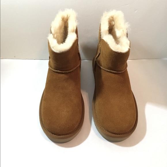 825e9d5d6c8 Kookaburra by UGG classic Mini boots Size 5 ankle