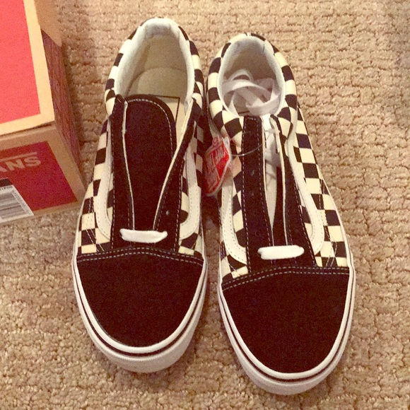f774f2eff196 Vans Checkered Old Skool Shoes