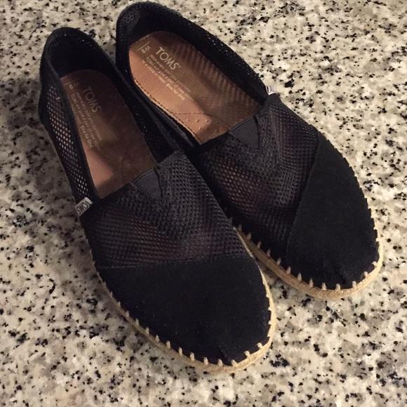 Toms Shoes   Black Mesh Toms 9 Or 95