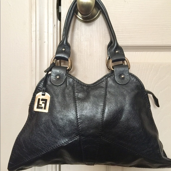 Fendi Handbags - Authentic Fendi Diavalo Devil Trapezio handbag 3275357ba3a1a