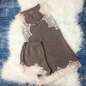 Other - NEW Croiselle Beige Lace Sleepwear Pajama XS