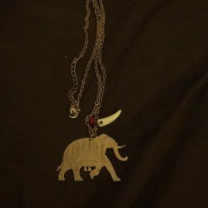 Jewelry - Fun elephant necklace
