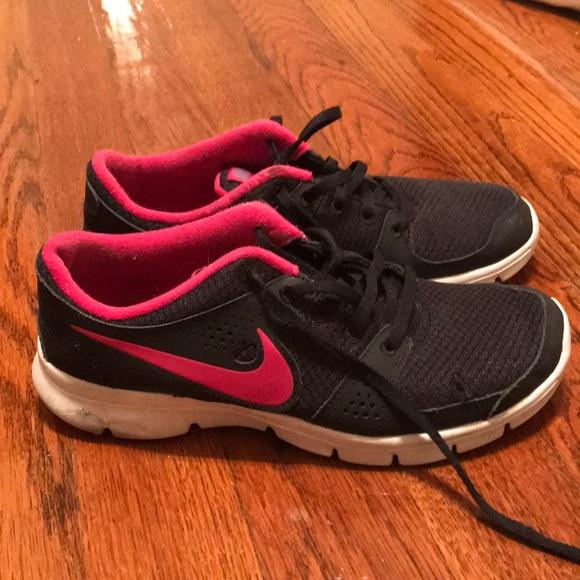 Nike Sneakers Women's Size 7