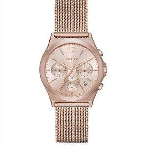 Rose Gold Round Analog Watch