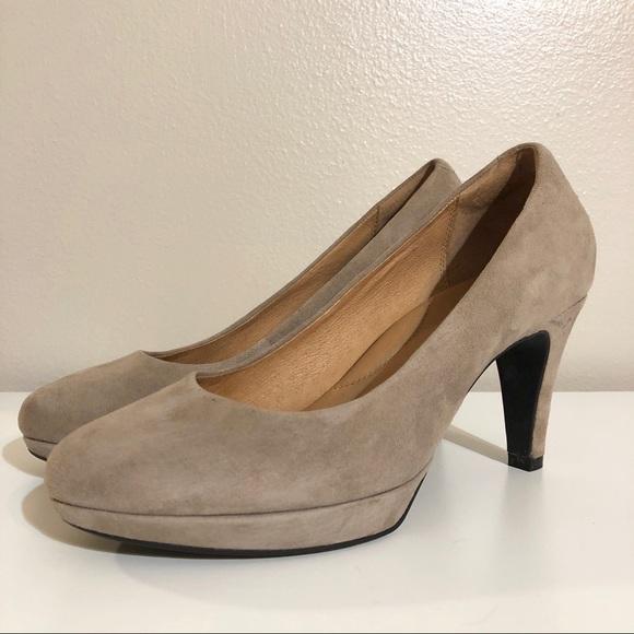 Tan Suede Clarks Indigo Platform Heels