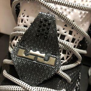 """Nike Shoes - Nike LeBron XII """"BHM"""", Size 11"""