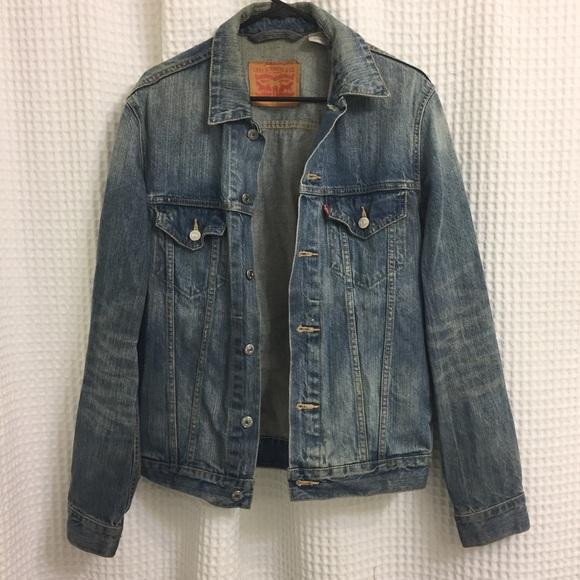 2be8522de41 Levi s Other - Levi s Men s Slim Fit Trucker Jacket