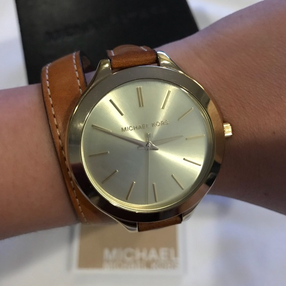 209c61de92fc Michael Kors MK2256 slim runway watch leather band.  M 5a237d2dd14d7b03ad06496e