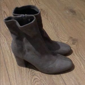 Shoes - Taupe boots