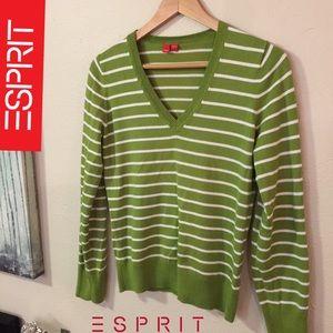 Esprit V-neck sweater- size small - EUC