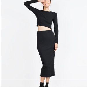 1b301845417282 Zara Tops - Zara Black Long Sleeve crop top - Sz Small