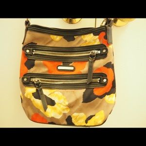 Functional crossbody with tons of pockets