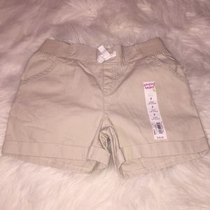 Other - 🎉3 for $20 NWT Girls khaki shorts