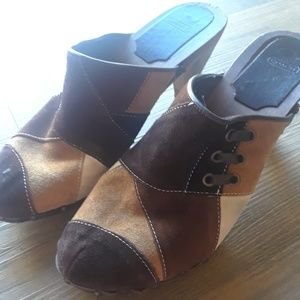 ♡Coach Wooden Heeled Clogs Sz 9