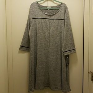 🆕️Avenue Skater Dress Size 30/32