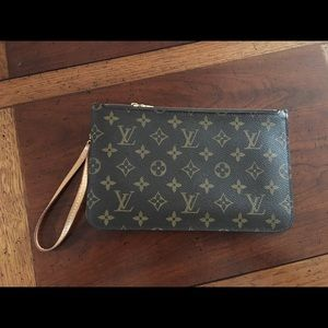 Authentic Neverfull Wristlet