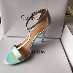New Calvin Klein Women's Nasi Dress Sandal, Lilac
