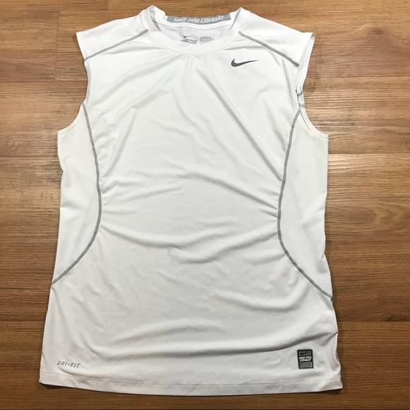 ceca5889f Men's Nike Pro Combat Dri-fit Sleeveless Shirt L. M_5a2419962599fe4c3207880f