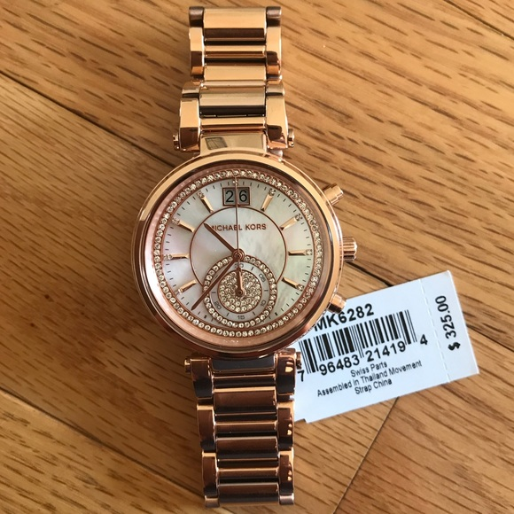 81c17476cf09 Michael Kors NWT Rose Gold Sawyer Watch